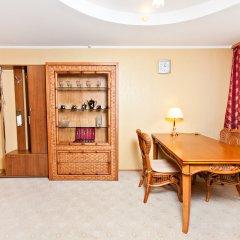 Гостиница Гвардейская 2* Улучшенный люкс с различными типами кроватей фото 2
