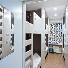Хостел Graffiti L Кровать в общем номере с двухъярусной кроватью фото 18