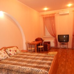 Mini-hotel on Lopatinskiy Pereulok Харьков комната для гостей фото 3