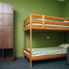 Хостел Достоевский Кровать в мужском общем номере с двухъярусными кроватями фото 4