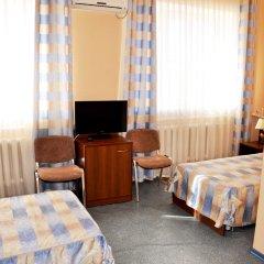 Гостиница Пирамида в Сорочинске 2 отзыва об отеле, цены и фото номеров - забронировать гостиницу Пирамида онлайн Сорочинск комната для гостей фото 3
