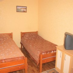 Гостевой Дом Людмила Апартаменты с разными типами кроватей фото 36