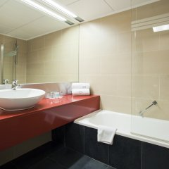 Отель ILUNION Barcelona 4* Стандартный номер с различными типами кроватей фото 3