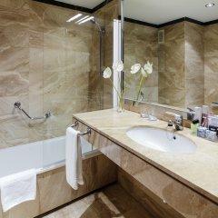 Отель H10 Itaca 4* Улучшенный номер с различными типами кроватей фото 3