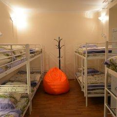 Хостел Абрикос Кровать в женском общем номере с двухъярусными кроватями фото 4