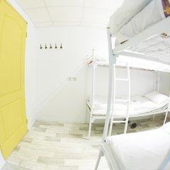 G-art Hostel Кровать в общем номере фото 9