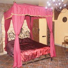 Гостиничный комплекс Жар-Птица Люкс с двуспальной кроватью