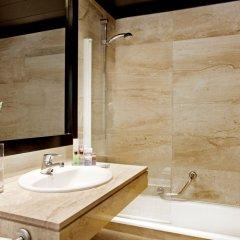 H10 Montcada Boutique Hotel 3* Улучшенный номер с различными типами кроватей фото 8