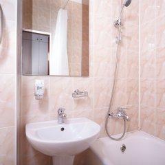 Гостиница Ярославская 3* Стандартный номер с разными типами кроватей фото 4