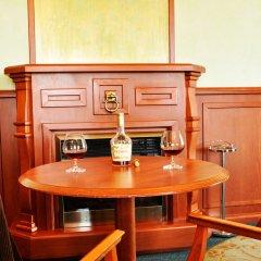 Гостиница Виктория Палас в Астрахани отзывы, цены и фото номеров - забронировать гостиницу Виктория Палас онлайн Астрахань питание фото 2