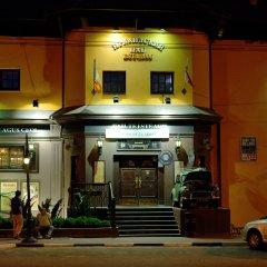 Гостиница Hamilton's Bed & Breakfast в Белгороде отзывы, цены и фото номеров - забронировать гостиницу Hamilton's Bed & Breakfast онлайн Белгород вид на фасад фото 2
