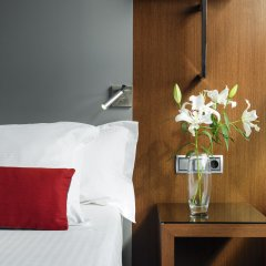 Отель H10 Itaca 4* Улучшенный номер с различными типами кроватей