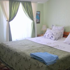 Гостевой Дом Людмила Апартаменты с разными типами кроватей