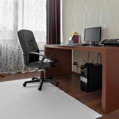 Гостиница Аврора 3* Номер Делюкс с двуспальной кроватью фото 12