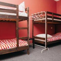 Хостел Достоевский Кровати в общем номере с двухъярусными кроватями фото 10