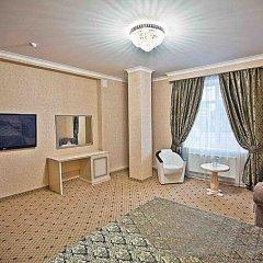 Гостиница Триумф 4* Номер Делюкс с двуспальной кроватью фото 2