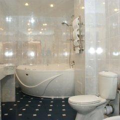 Гостиница Аристократ Кострома в Костроме 13 отзывов об отеле, цены и фото номеров - забронировать гостиницу Аристократ Кострома онлайн ванная