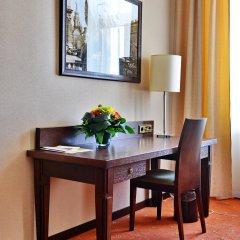 Гостиница Петро Палас 5* Номер Делюкс (полулюкс) с различными типами кроватей фото 5