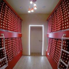 Гостиница HQ Hostelberry Кровать в общем номере с двухъярусной кроватью фото 3