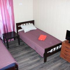 Клуб отель Времена Года 3* Стандартный номер с 2 отдельными кроватями (общая ванная комната) фото 4