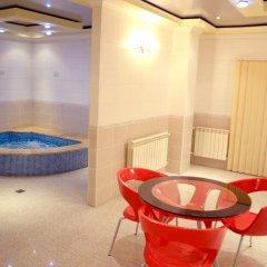 Отель Nork Residence бассейн
