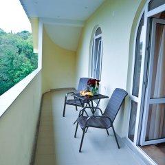 Гостиница Империя в Сочи - забронировать гостиницу Империя, цены и фото номеров балкон