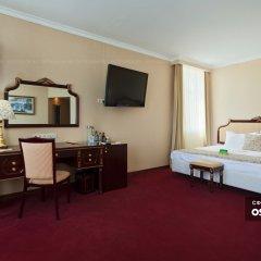 Гостиница Мандарин Москва 4* Номер Делюкс с двуспальной кроватью фото 4