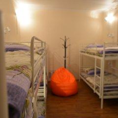 Хостел Абрикос Кровать в женском общем номере с двухъярусными кроватями фото 7