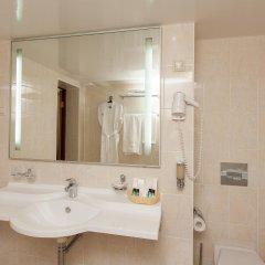 Амакс Сафар отель ванная фото 10