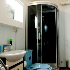 Клуб отель Времена Года 3* Номер с различными типами кроватей (общая ванная комната) фото 7