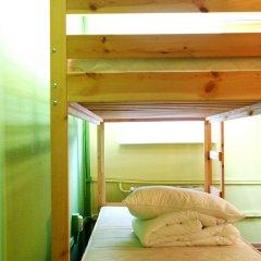 Хостел PopCorn Кровати в общем номере с двухъярусными кроватями фото 3