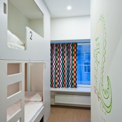 Хостел Graffiti L Кровать в общем номере с двухъярусной кроватью фото 10