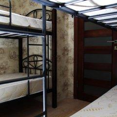 Хостел Trinity & Tours Кровать в общем номере фото 8