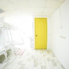 G-art Hostel Кровать в общем номере фото 7