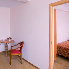 Гостиница Аструс - Центральный Дом Туриста, Москва 4* Номер Комфорт с двуспальной кроватью фото 5