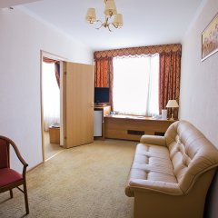 Гостиница Аструс - Центральный Дом Туриста, Москва 4* Номер Комфорт с двуспальной кроватью фото 3