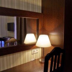 Отель Фаворит 3* Улучшенный номер фото 15
