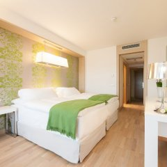 Отель Occidental Praha Five 4* Улучшенный номер с различными типами кроватей