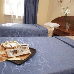 Апартаменты Гостевые комнаты и апартаменты Грифон Номер Делюкс с различными типами кроватей фото 18