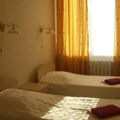 V Centre Hotel Стандартный номер с разными типами кроватей фото 4