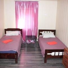 Клуб отель Времена Года 3* Стандартный номер с 2 отдельными кроватями (общая ванная комната) фото 2