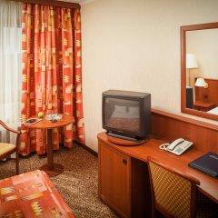 Гостиница Космос 3* Стандартный номер с двуспальной кроватью фото 2