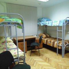 Хостел GORODA Кровать в общем номере фото 5