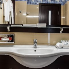 Гостиница Aquamarine Resort & SPA (бывший Аквамарин) 5* Люкс с двумя спальнями с различными типами кроватей фото 14