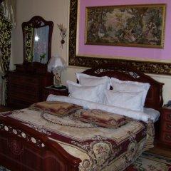 Гостиница Шахтер 3* Люкс с двуспальной кроватью