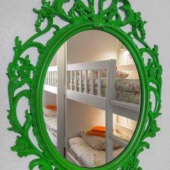 Хостел Друзья на Литейном Кровать в женском общем номере с двухъярусной кроватью фото 8