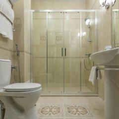 Гостиница Bellagio 4* Номер Бизнес двуспальная кровать фото 21