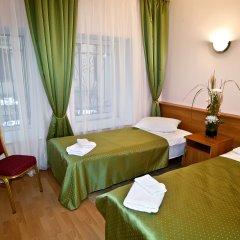 Мини-Отель Невский 74 Номер с общей ванной комнатой с различными типами кроватей (общая ванная комната) фото 3