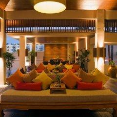 Отель Dewa Phuket Nai Yang Beach интерьер отеля