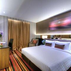 Отель The Continent Bangkok by Compass Hospitality 4* Улучшенный номер с различными типами кроватей фото 13